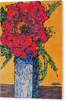 Red Flower Square Vase Wood Print