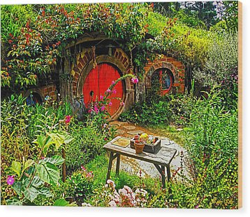 Red Hobbit Door Wood Print
