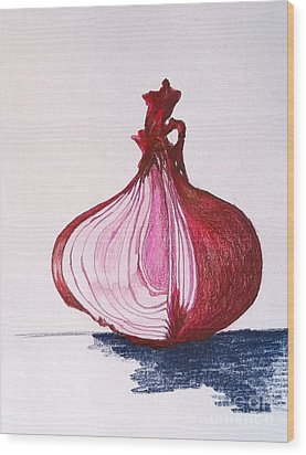 Red Onion Wood Print by Sheron Petrie