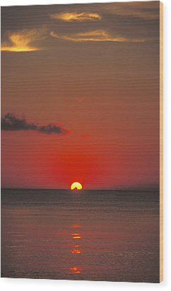 Red Orange Sunset On Horizon Wood Print by James Forte