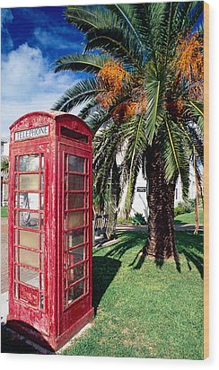 Red Phone Booth Bermuda Wood Print by George Oze