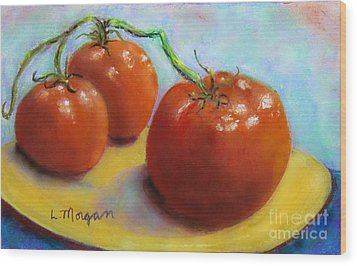 Red Ripe And Ready Wood Print by Laurie Morgan