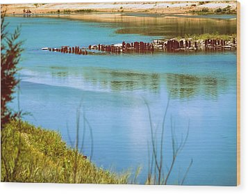 Wood Print featuring the photograph Red River Crossing Old Bridge by Diana Mary Sharpton