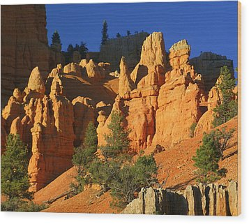 Red Rock Canoyon At Sunset Wood Print by Marty Koch
