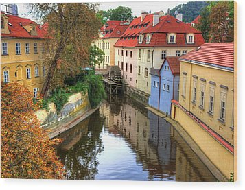 Red Roofs Of Prague Wood Print by Jay Lee