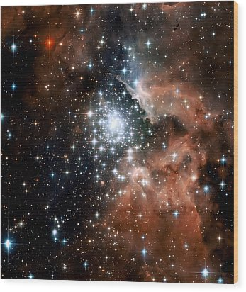 Red Smoke Star Cluster Wood Print