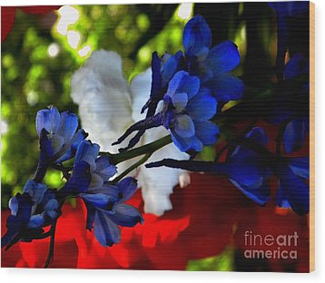 Red White And Blue Wood Print by Michelle Frizzell-Thompson