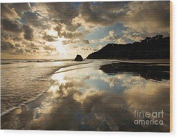 Reflected Costa Rica Sunset Wood Print by Matt Tilghman