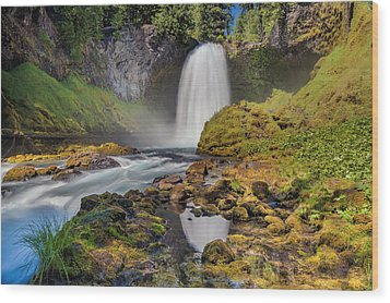 Reflection Of Sahalie Falls Wood Print by David Gn