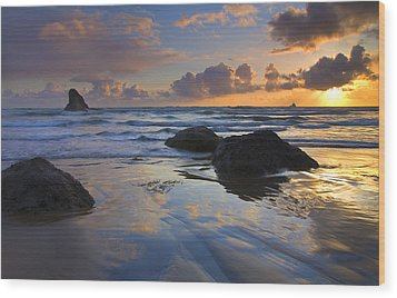 Reflections In The Sand Wood Print by Mike  Dawson