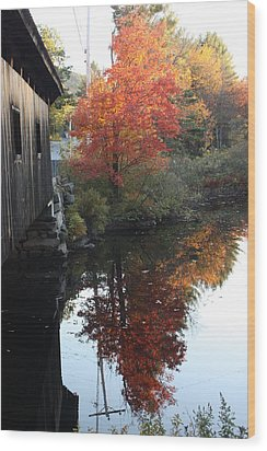 Reflections New Hampshire Wood Print by Sue Mayor
