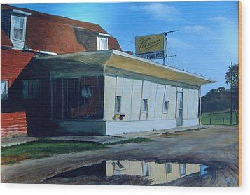 Reflections Of A Diner Wood Print by William  Brody