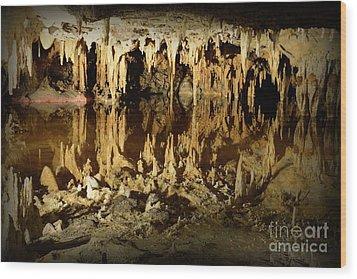 Reflections Of Dream Lake At Luray Caverns Wood Print by Paul Ward