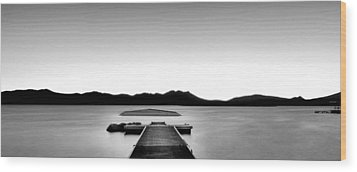 Wood Print featuring the photograph Relax by Hayato Matsumoto