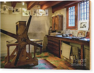 Wood Print featuring the photograph Rembrandt's Former Graphic Workshop In Amsterdam by RicardMN Photography