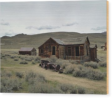 Wood Print featuring the photograph Remembering Bodie by Gordon Beck