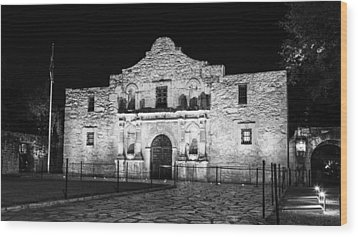 Remembering The Alamo - Black And White Wood Print by Stephen Stookey