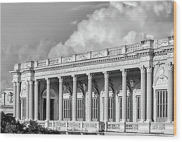 Remnant Of A Colonial Past Wood Print by Dawn Currie