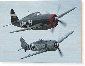 Republic P-47g Thunderbolt Nx3395g Focke Wulf Fw 190a-9 N190rf Chino California April 30 2016 Wood Print by Brian Lockett