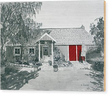 Retzlaff Winery With Red Door No. 2 Wood Print by Mike Robles