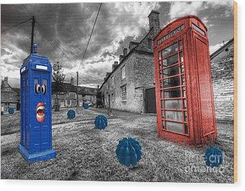 Revenge Of The Killer Phone Box  Wood Print by Rob Hawkins