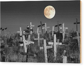 Reverent Moonlight.... Wood Print
