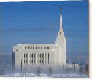 Wood Print featuring the photograph Rexburg Temple Rises Above The Mist by DeeLon Merritt
