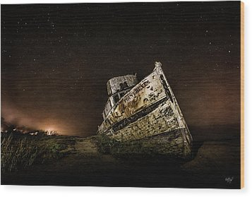 Wood Print featuring the photograph Reyes Shipwreck by Everet Regal