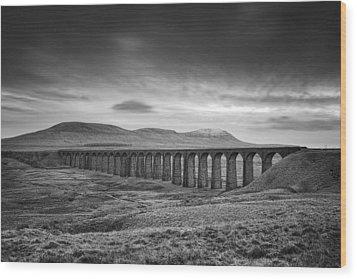 Ribblehead Viaduct Uk Wood Print by Ian Barber