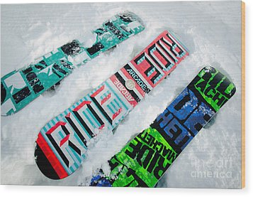 Ride In Powder Snowboard Graphics In The Snow Wood Print by Andy Smy