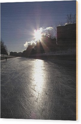 Rideau Canal At Sunrise Wood Print by Richard Mitchell