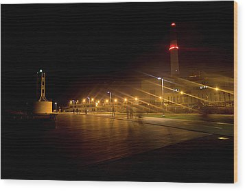 Wood Print featuring the photograph Riding Station, Tel Aviv by Dubi Roman