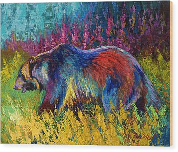Right Of Way - Grizzly Bear Wood Print by Marion Rose