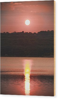 Ripples Of Sunset Wood Print by Daphne Sampson