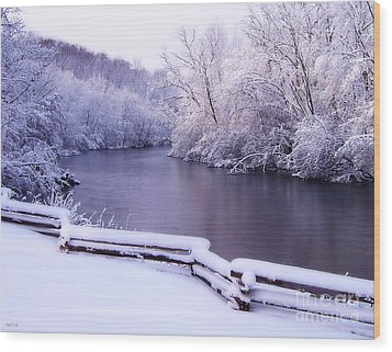River In Winter Wood Print by Phil Perkins