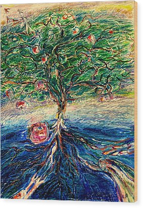 River Tree Wood Print by Laurie Parker