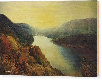 River Valley Sunrise Wood Print by RC deWinter