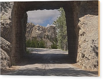 Road To Mt. Rushmore Wood Print