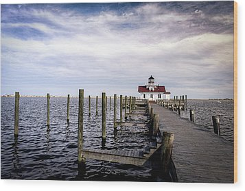 Roanoke Lighthouse - Manteo North Carolina Wood Print