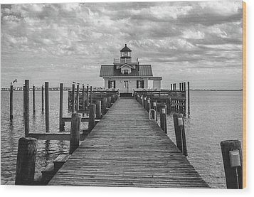 Wood Print featuring the photograph Roanoke Marshes Light by David Sutton