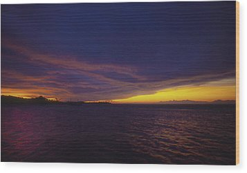 Wood Print featuring the photograph Roatan Sunset by Stephen Anderson