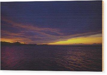 Roatan Sunset Wood Print by Stephen Anderson