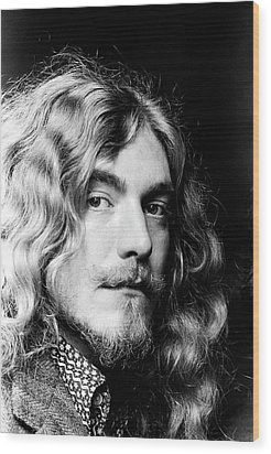 Wood Print featuring the photograph Robert Plant Led Zeppelin 1971 by Chris Walter