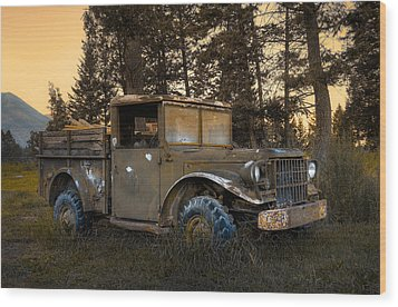 Rockies Transport Wood Print