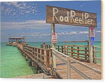 Rod And Reel Pier Anna Maria Island Wood Print by Jim Dohms