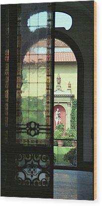 Roman Courtyard View Wood Print by Carol Kinkead