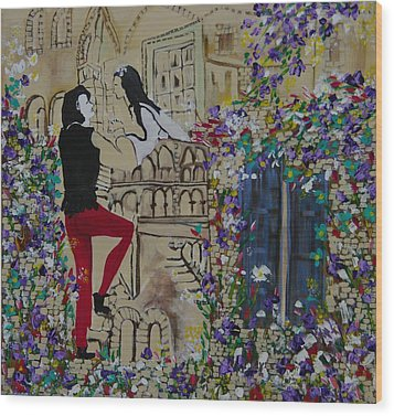 Romeo And Juliet. Wood Print by Sima Amid Wewetzer