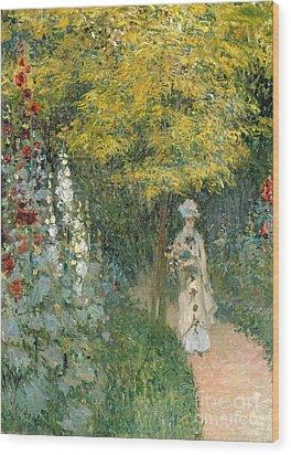 Rose Garden Wood Print by Claude Monet