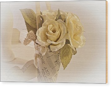 Roses And Butterfly Posy  Wood Print by Sandra Foster