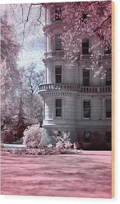 Rounded Corner Tower Wood Print